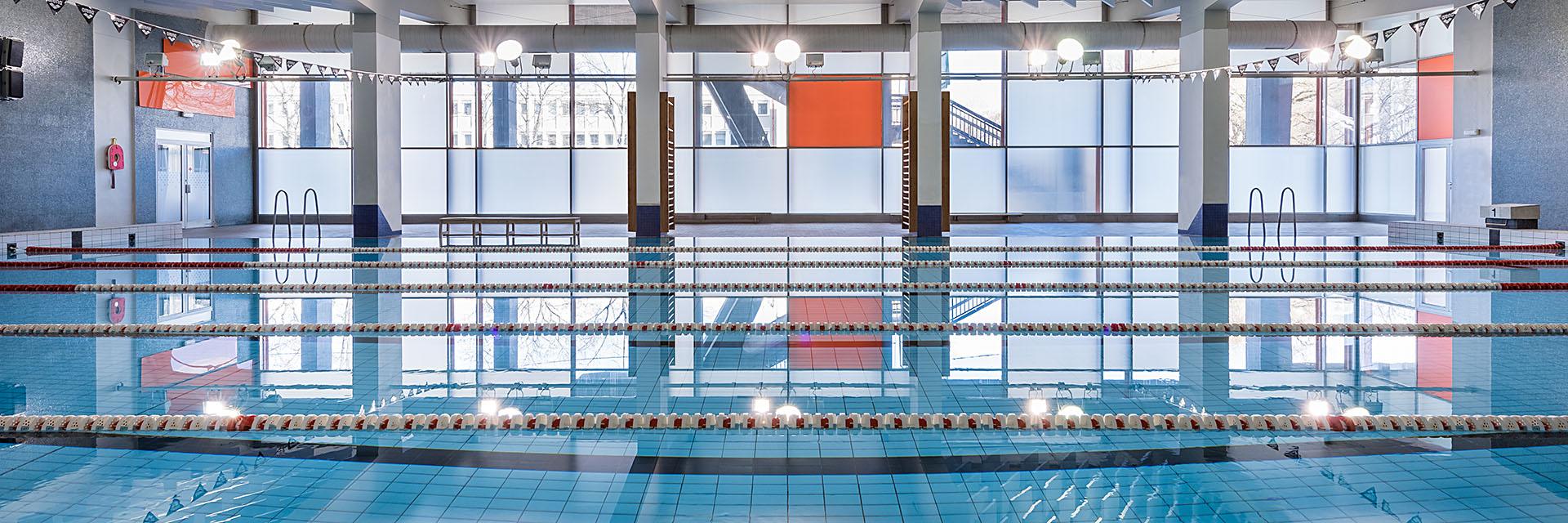 fotografování interiérů nemovitostí / profesionální fotograf Vojtěch Pavelčík / bazén Strahov